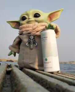 Little Yoda with Quatreu Cucumber Mint drink